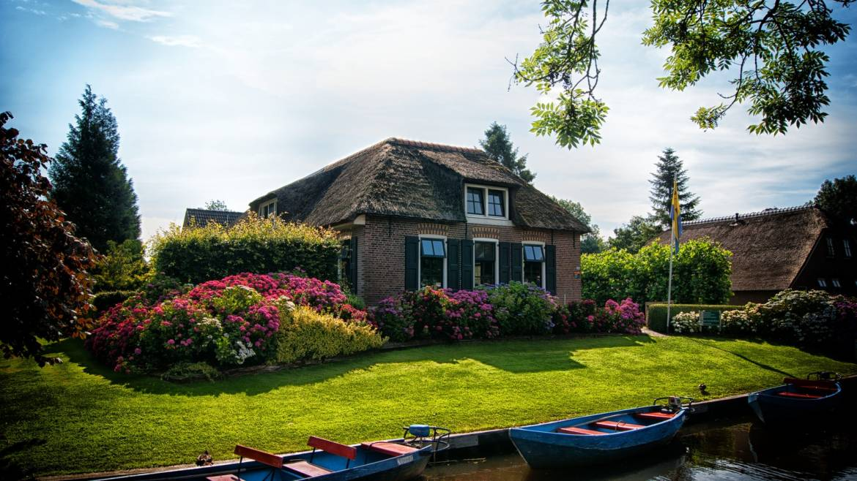 Cottage-Insurance.jpg